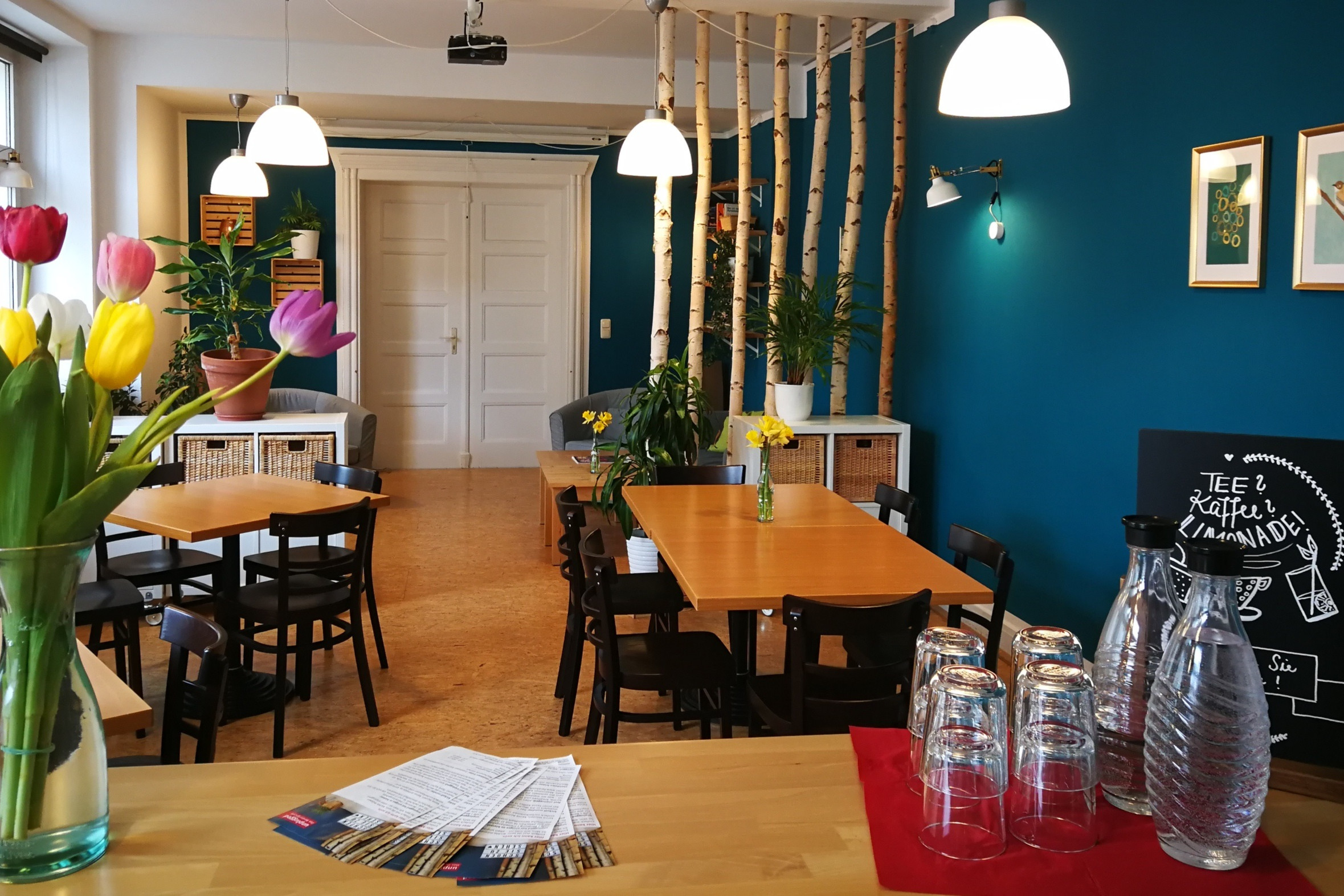 "Interior of Café ""unplugged"""